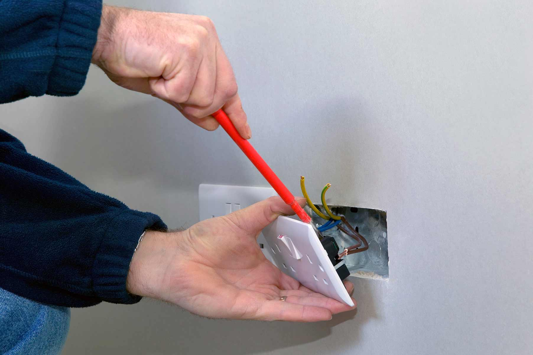 Our electricians can install plug sockets for domestic and commercial proeprties in West Norwood and the local area.